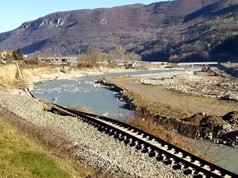 Danni provocati dal Tanaro nel 2016 a Priola (CN)