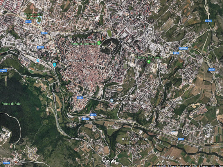 Google Maps L'Aquila vista satellitare