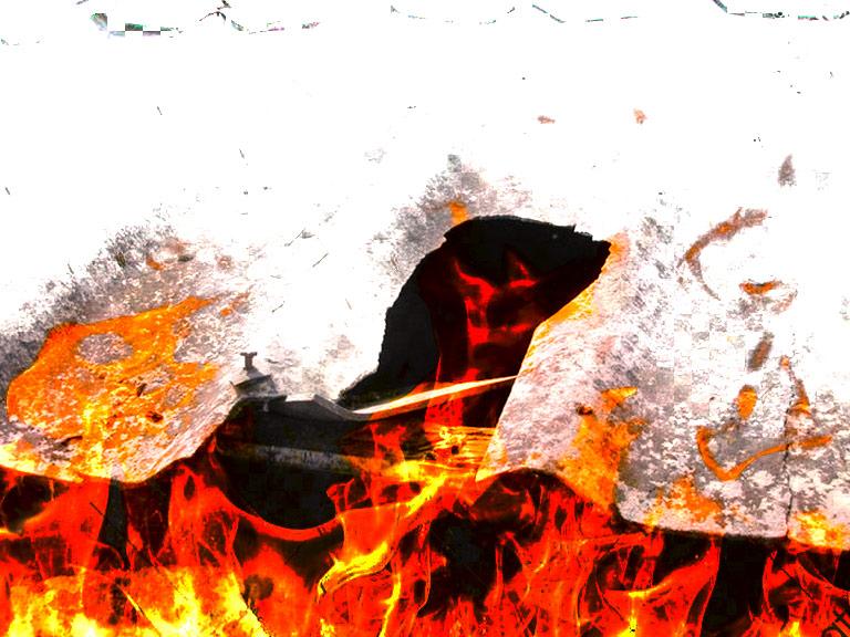 Lastra di cemento amianto a fuoco
