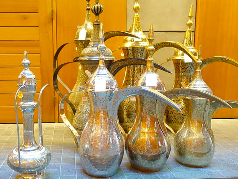 Caffettiera araba Dallahs